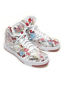 Reebok Hello Kitty Travel Shoes