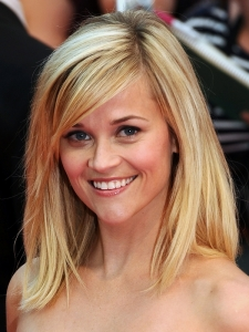 Reese Witherspoon Shoulder Length Haircut