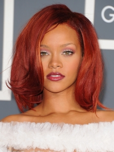 Rihanna Hairstyle at the 2011 Grammy Awards