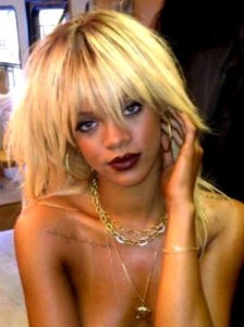 Rihanna's New Blonde Hairstyle