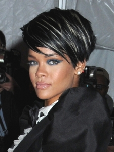 Rihanna Full Volume Hairstyle