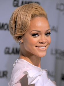 Rihanna New Blonde Hair Color