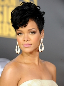 Rihanna with Romantic Curly Hairstyle
