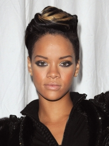 Rihanna's Hairstyle at Paris Fashion Week