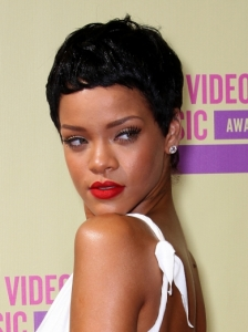 Rihanna's Short Pixie Hairstyle