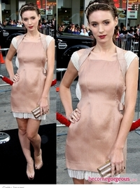 Rooney Mara in Alberta Ferretti Blush Dress