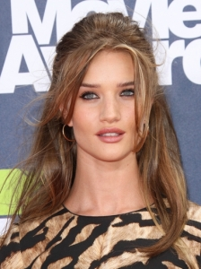 Rosie Huntington-Whiteley Hairstyle 2011 MTV Movie Awards