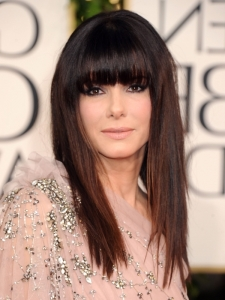 Sandra Bullock Hairstyle at Golden Globes 2011