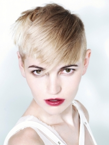 Sexy Short Pixie Haircut