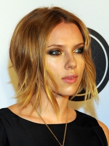 Scarlett Johannson New Choppy Bob Hairstyle