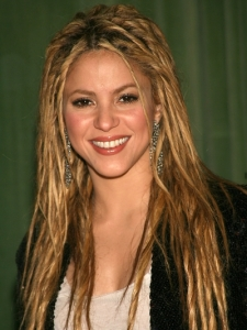 Shakira Dreadlocks Hairstyle