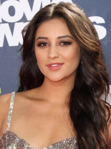 Shay Mitchell Natural Waves 2011 MTV Movie Awards