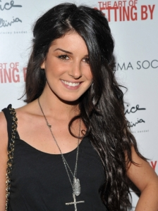 Shenae Grimes Textured Half Up Hairstyle