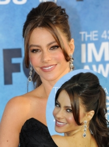 Sofia Vergara Ponytail with Bump