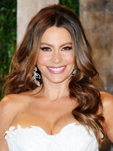 Sofia Vergara Glam End Curls