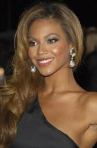 Beyonce's Sexy Sidey Hairstyle