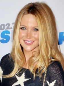 Stephanie Pratt's Long Blonde Hairstyle