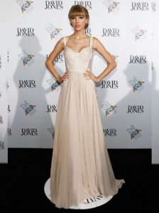 Taylor Swift in Elie Saab at the 2012 ARIA Awards