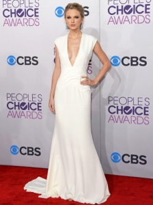 Taylor Swift's Dress at 2013 People's Choice Awards