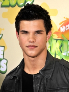 Taylor Lautner's Short Haircut