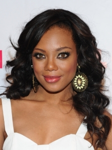 Tiffany Hines Loose Wavy Hairstyle