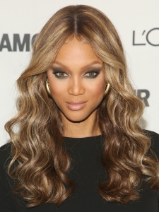 Tyra Banks Long Wavy Hairstyle