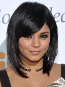 Vanessa Hudgens Glam Smokey Eye Makeup