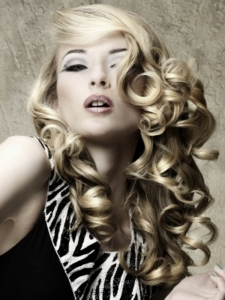 Long Glam Curly Hair Style