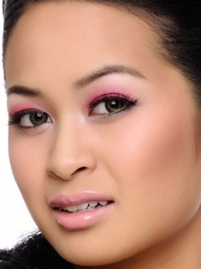 Stylish Pink Eye Makeup Idea