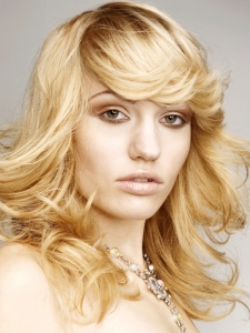 Blonde Layered Flipped Out Hair Style