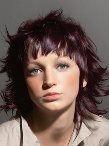 Teen Layered Medium Hair Style