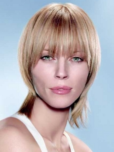 Hip Soft Layered Medium Hairstyle