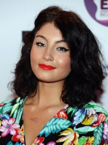 Yasmin Vintage Midi Hairstyle at the 2011 EMA