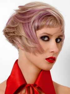 Chic Pink Hair Highlights