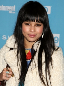 Zoe Kravitz Layered Hairstyle with Straight Bangs