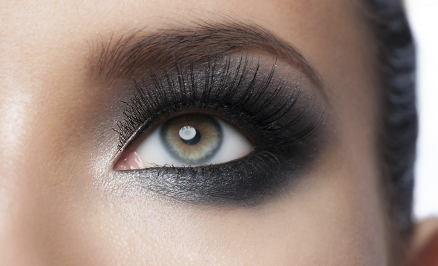 Eye Makeup - Mascara Tips and Tricks