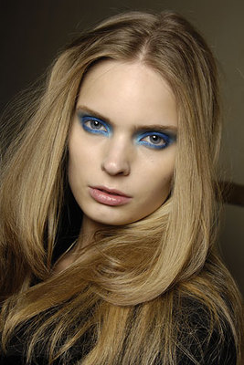 Blue Eye Makeup (1)