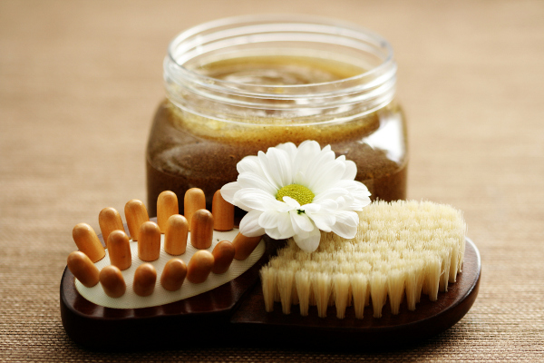 How to Make Homemade Exfoliating Body Scrubs