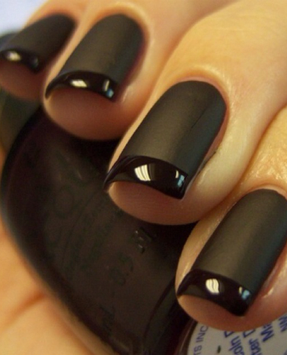 Check out this season nail color trends for Fall Winter 2008 2009. Get inspired and color your nails from nude and greys to dark blues, purples and reds!