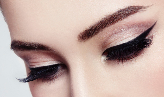 Professional Eyeliner Tips