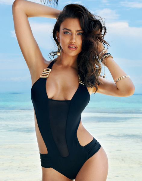One piece bathing suits come in a variety of designs and styles from retro to more glamorous. They have a certain sexiness and contribute to a very stylish look.