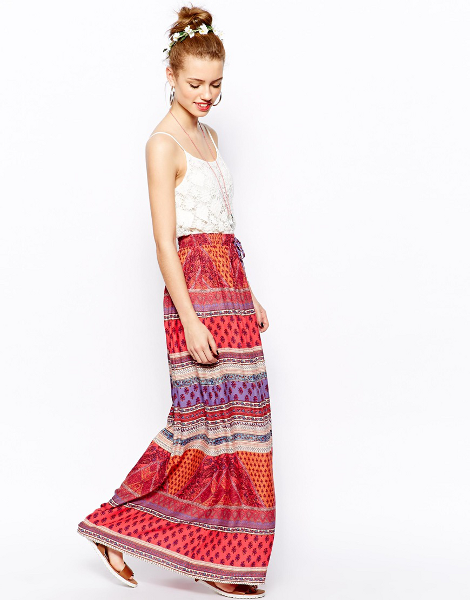 Bohemian skirts are a part of the bohemian style. They are great for summer and contribute to a very stylish and retro look.