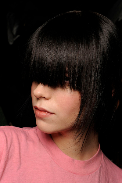 Here are the newest 2009 fall hairstyles trends straight off the runway!