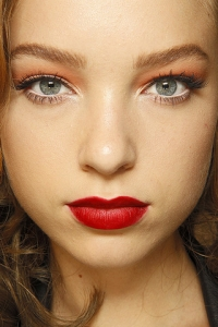 Party and Holiday Make-up Ideas