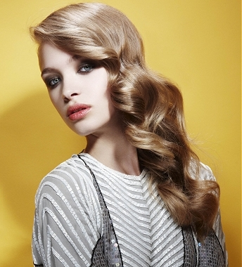 more others can often be seen wearing this type of glam wavy hairstyles.