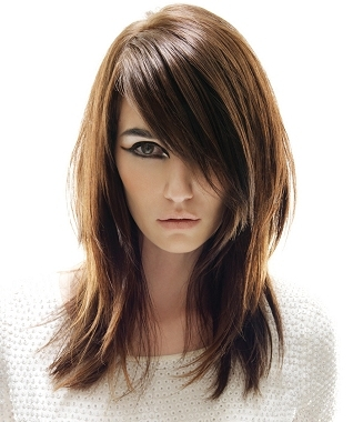 Long hairstyles for round face shapes