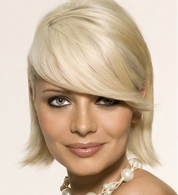 Medium Hairstyles With Lots Of Layers. medium hairstyles with layers. Medium Hairstyles for 2010