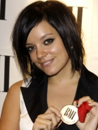 Lily Allen Choppy Bob Hairstyle