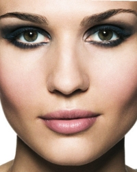 Smokey Eyes Makeup Step by Step with Pictures