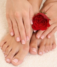 Get Rid of Discolored Toenails